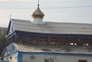 Возле запорожского Свято-Покровского кафедрального собора возводят временный деревянный храм